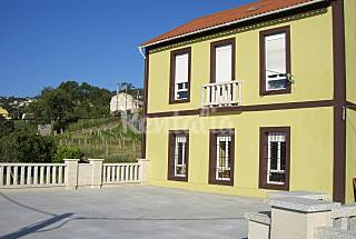 House with 5 bedrooms only 300 meters from the beach Pontevedra