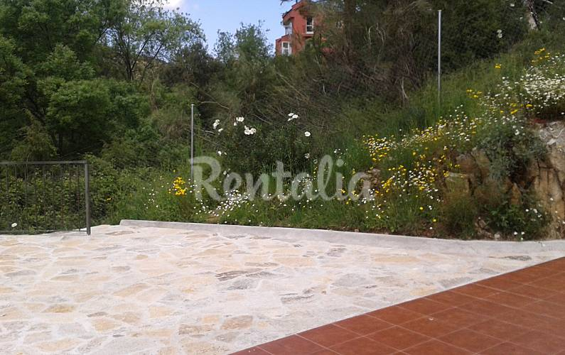 Villa en location en madrid robledo de chavela madrid for Villa jardin lanus oeste