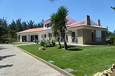 Villa with 4 bedrooms only 1km from the beach Lisbon