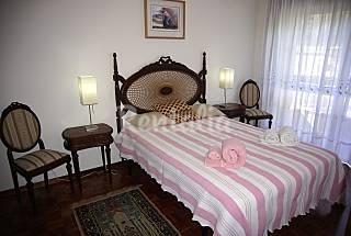 Private bedroom in Oporto apartment Porto