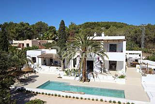 Luxury villa Ibiza style 5 min to the beach Ibiza