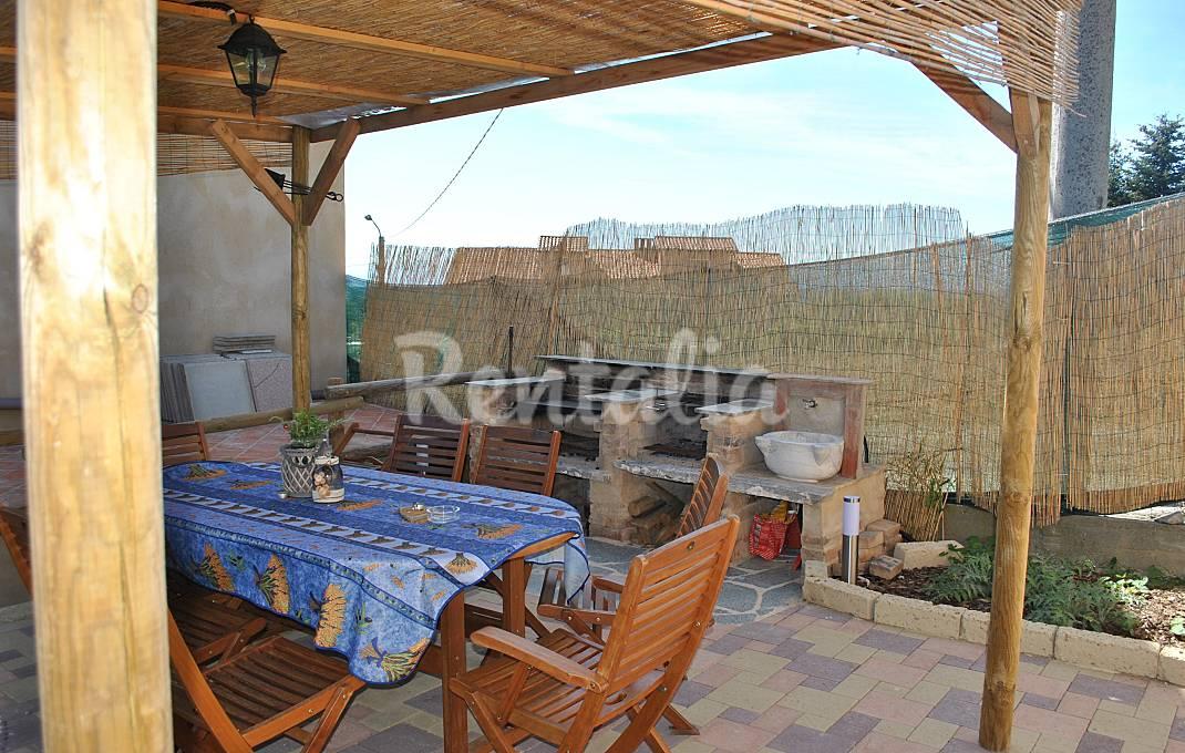 Case vacanze con giardino e barbecue idealista news - Case in affitto vigevano con giardino ...