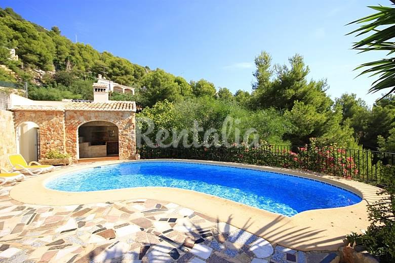 Villa en alquiler en valle del sol valle del sol j vea for Piscina municipal la roca del valles