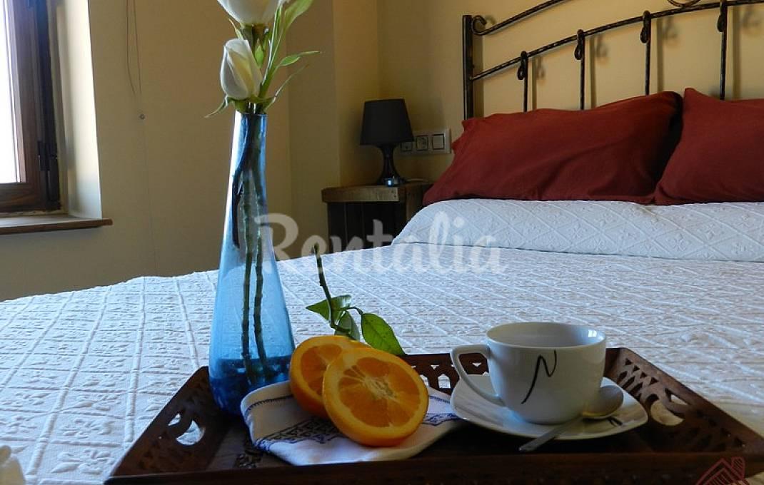 Apartamentos de 2 habitaciones con piscina Ávila