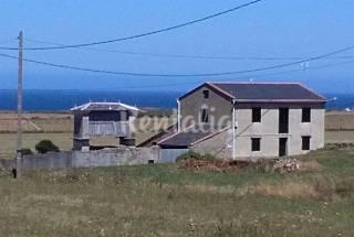 Maison en location à 500 m de la plage Lugo