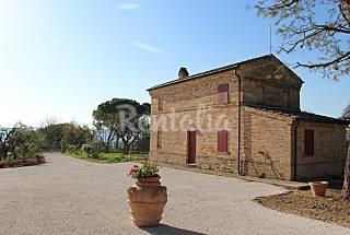 Casa para 4 personas a 8 km de la playa Fermo