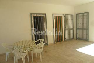Apartment for 5 people on the beach front line Lecce