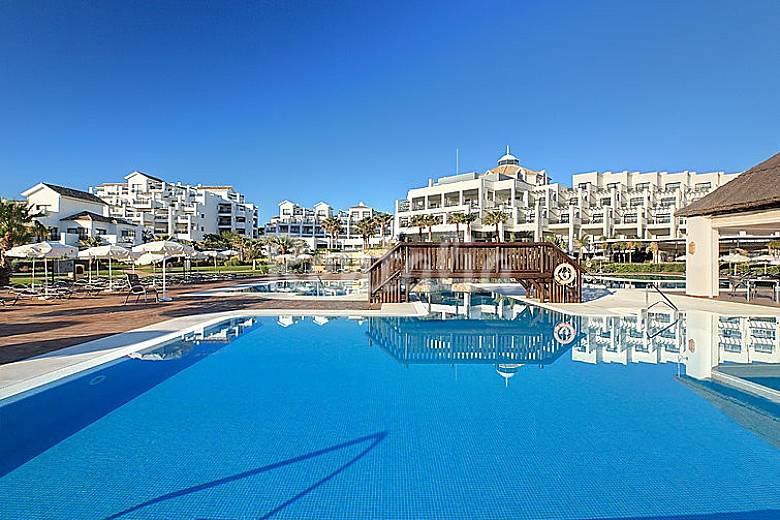 Apartamento en alquiler en estepona la gaspara estepona m laga costa del sol - Alquiler apartamentos en estepona ...