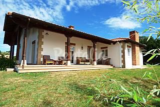 A 5 km de Somo. Casa para 13 personas     Cantabria