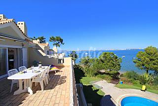 Apartment with 1 bedroom on the beach front line Setúbal