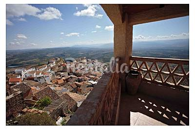 Casa de 3 habitaciones en Chiclana de Segura Jaén