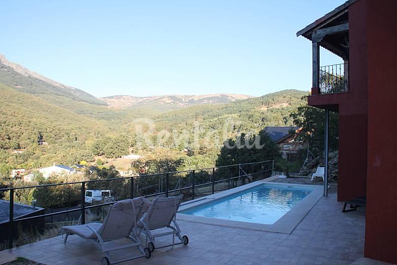 Villa para 12 personas con piscina miraflores de la for Piscina guadarrama