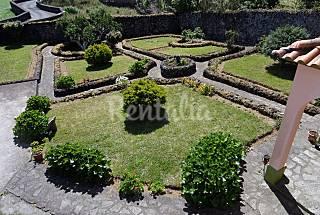Quinta dos Sentidos ( The 5 Senses Garden ) São Miguel Island