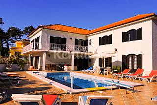 Holiday Villa Rental, 5 bedrooms, Heated Pool Lisbon