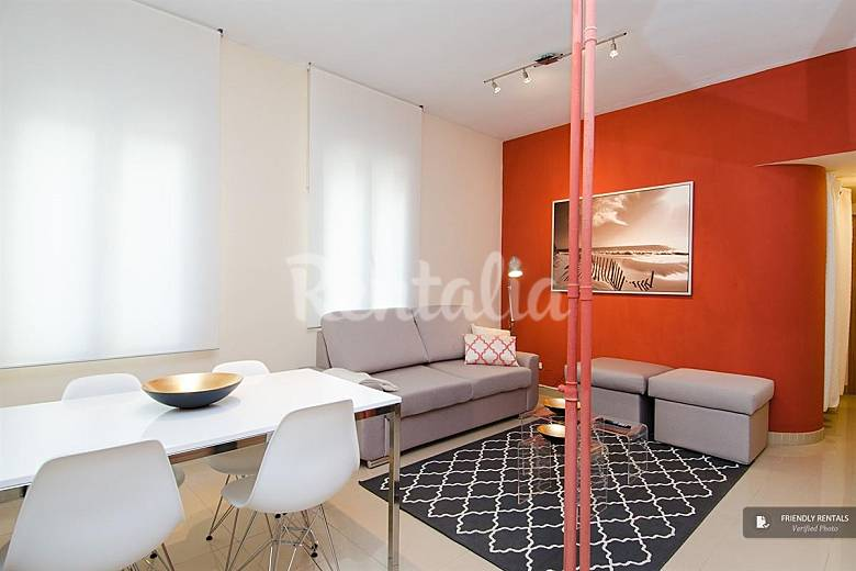 El apartamento retiro vi en madrid madrid madrid for Licencia apartamento turistico madrid