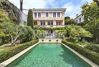 Villa de 5 habitaciones a 800 m de la playa Alpes Marítimos