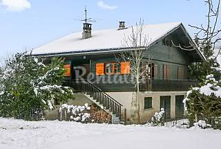 Magnificent chalet with garden Upper Savoy