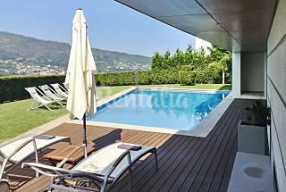 Villa moderna con piscina Viana do Castelo