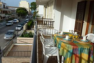 PISO de 3 habitaciones a 100 m de la playa. Mallorca