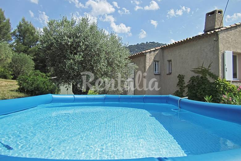 Family house with garden and pool sanary sur mer var for Family garden pool