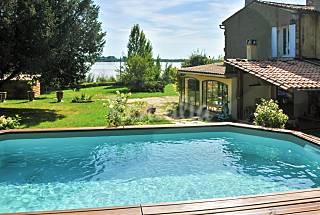 House for 6, 800sqm garden w pool Gironde