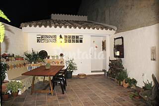 House for 4-6 people in Venta del Moro Valencia
