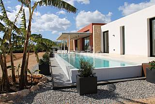 Villa for rent only 1000 meters from the beach Ibiza