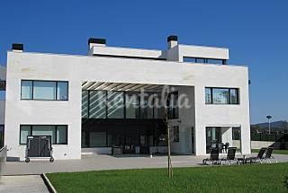 Villa con vistas y piscina interior climatizada Guipúzcoa
