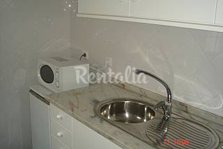 Apartment with 4 bedrooms in Lisbon and Tagus Valley Lisbon