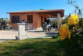 Villa with 2 bedrooms only 1200 meters from the beach Ragusa
