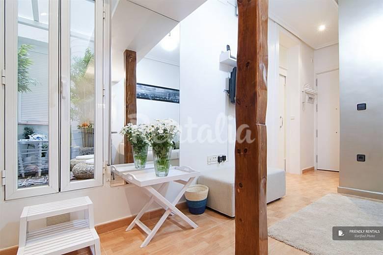 El apartamento genova en madrid madrid madrid camino for Licencia apartamento turistico madrid