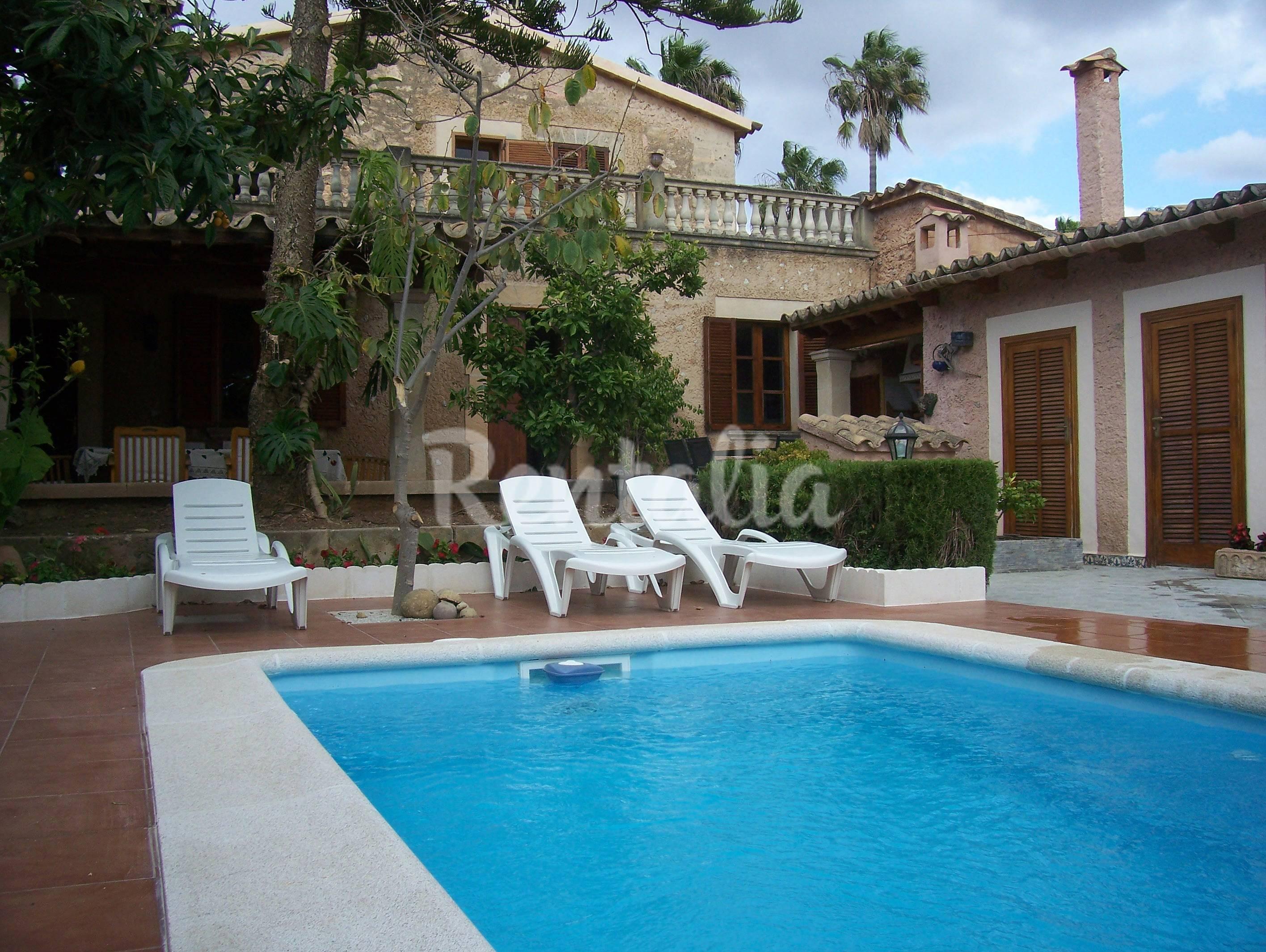 Alquiler vacaciones apartamentos y casas rurales en palma for Alquiler palma de mallorca