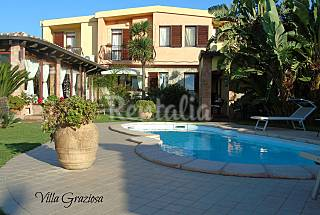 Villa with 5 bedrooms only 1000 meters from the beach Cagliari