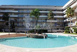 Apartamento con piscina a 1500 m de la playa Girona/Gerona