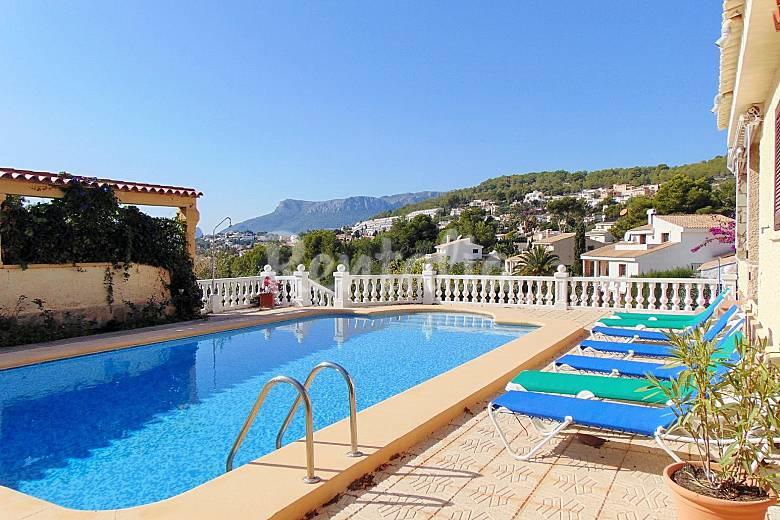 villa con piscina privada en calpe calpe calp alicante