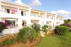 2 BEDROOMS APARTMENT WITH COMUN POOL , CLOSE TO Me Algarve-Faro