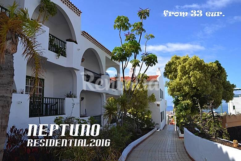 5 Apart 1-2 bedrooms  (3/4 p,plus baby 900mts beach Tenerife