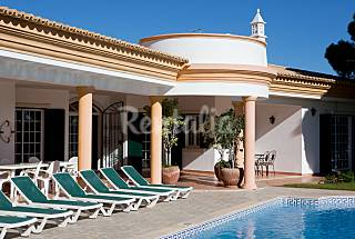 Villa for rent only 2300 meters from the beach Algarve-Faro