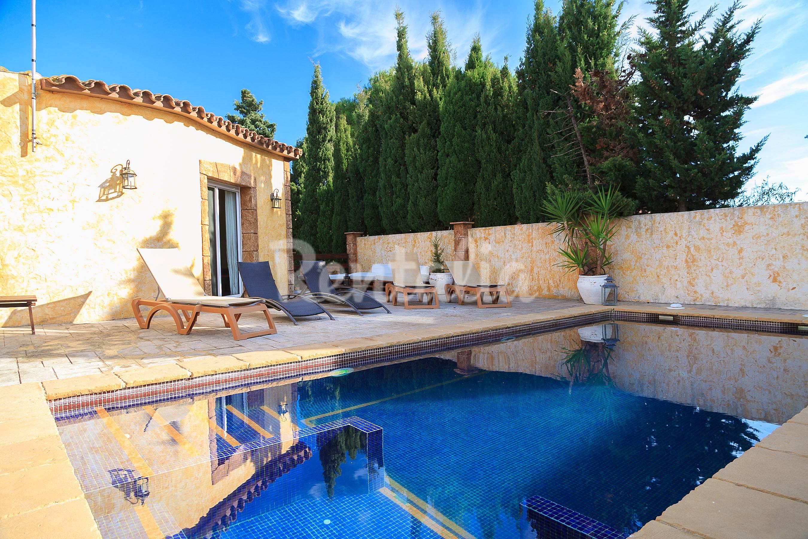Accueillante villa avec piscine priv e miami platj miami for Location villa miami avec piscine