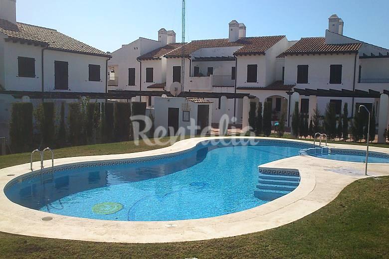 Casa en alquiler a 50 m de la playa alcossebre alcal de xivert castell n castell n - Alquiler de casas en castellon ...