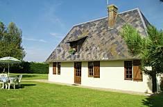 Apartment for 4 people in Morainville-Jouveaux Eure