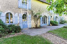Apartment for 10 people in Cussay Indre-Et-Loire